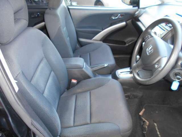 運転席側フロントシート
