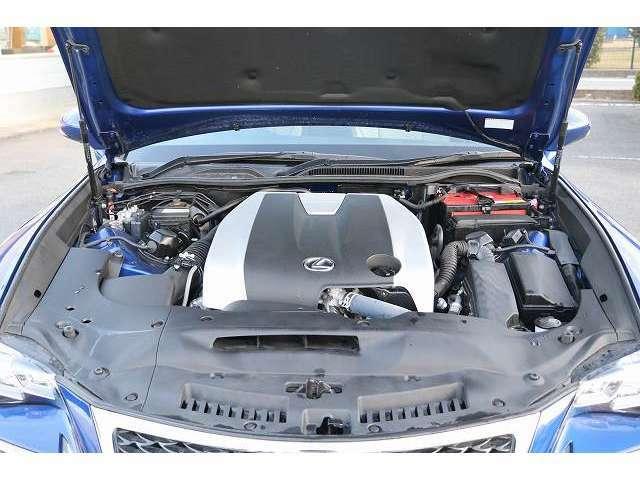 メンテナンスフリーのチェーンベルト式エンジン ベルト交換の必要が無く長くお乗り頂けます!