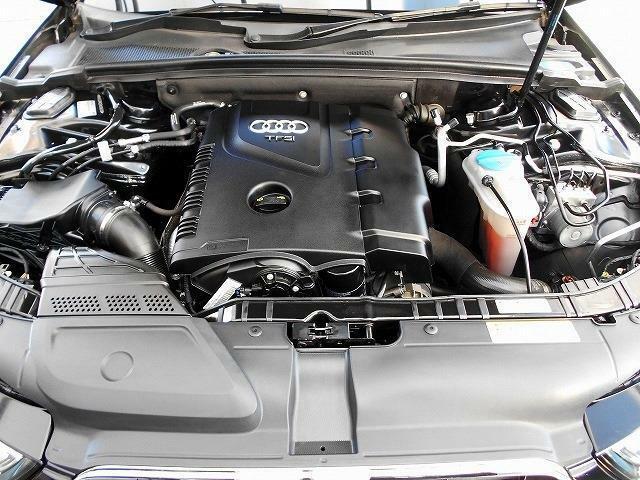 エンジンの画像です 当店のHPにもいろいろな情報がありますので、一度ご覧ください http://e-freed.com