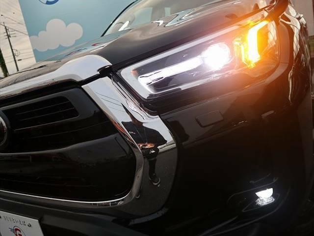 LEDヘッドライトが夜道を明るく照らします☆