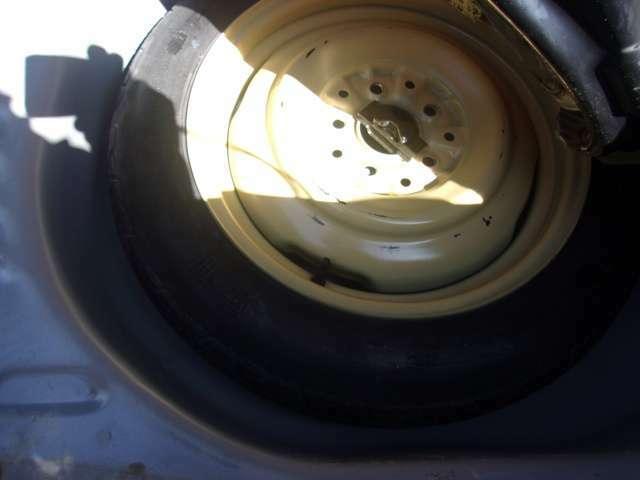 純正の専用工具・応急タイヤも揃っています。各種ローン、リースの取扱いございます! お気軽にお問い合わせください!