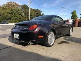 BRAVO CARS!! 軽自動車・コンパクトカー ・ ミニバン ・ セダンなど多数在庫がございます!! お気に入りの一台を見つけてください!!