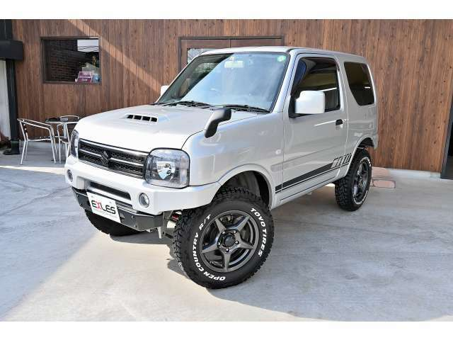 当社が販売した車両を買取入庫して再販しています。2オーナー車両となります。