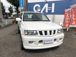 パートタイム4WD・サンルーフ・LEDヘッドライト・レザーシート・フルセグTV・ナビ。