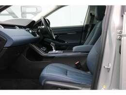 電動調整式シート(運転席・助手席)(メモリー機能付)4ウェイ電動シートランバー