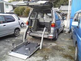 三菱 デリカスペースギア - 福祉車両 電動リフト 車いす移動車