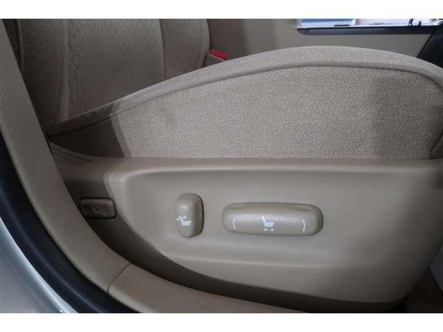 『まるごとクリン』施工済み!ネッツトヨタ岐阜のU-Carは、室内も除菌・洗浄済みで安心です!(シート洗浄・室内消臭・室内洗浄・エンジンルーム洗浄・タイヤ&ホイール洗浄)