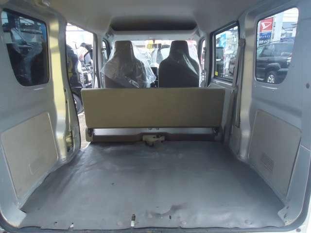 フル乗車時でもこんなに広々です。