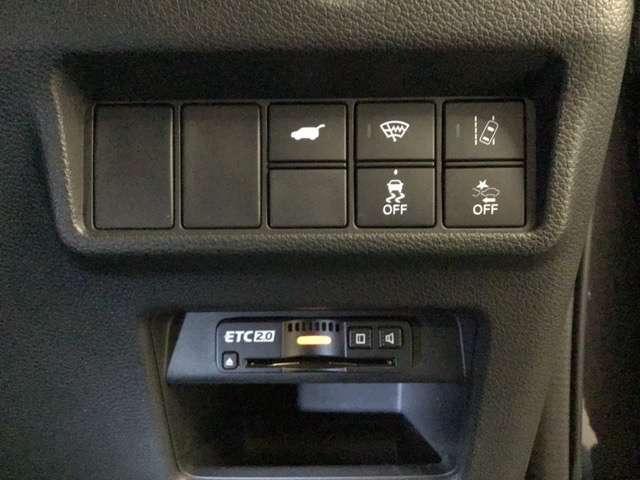 エコスイッチやホンダセンシング一部機能のON/OFF操作が可能です。ETC搭載で高速道路の乗り降りがラクラクです!