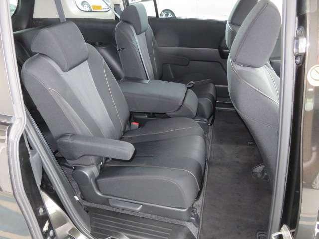 ゆったりしたセカンドシート、フレキシブルセンターシート採用でマルチアレンジできます。