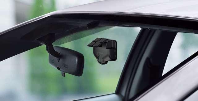 Aプラン画像:GPS・Gセンサー搭載で日時・速度・走行奇跡などさまざまな情報も記録