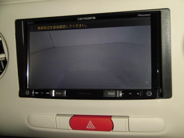 バックモニター搭載で車庫入れ安心!バックする際に後方確認ができて便利です!