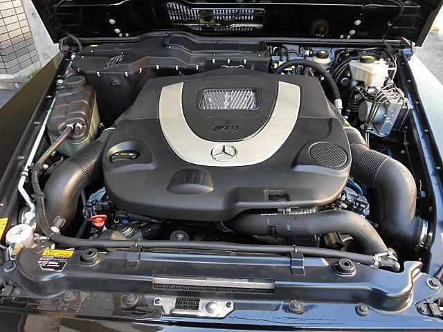 5500cc V8エンジンは快調でパワフルに吹け上がります!