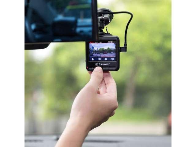 Bプラン画像:もしもの事故でもしっかり記録!Wifi対応300万画素Full HD画質ドライブレコーダーで安心です。録!Full HD ドライブレコーダーで安心です。