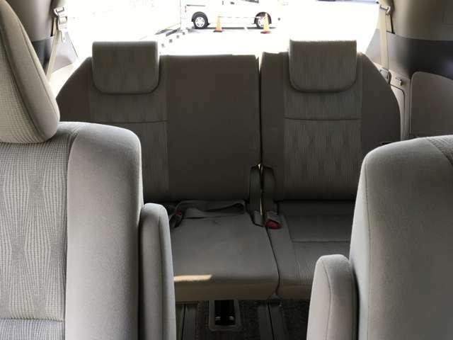 当店の在庫車はすべて国家資格を持ったスタッフが心を込めて整備いたします。