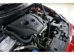 1500cc 直列4気筒のディーゼルターボエンジン搭載。105ps/27.5kg-m(カタログ値)