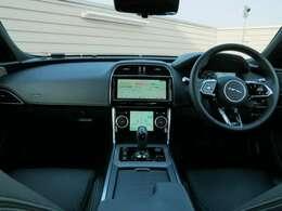 Smart Rear View Mirror ¥41,000 ステアリングホイールヒーター ¥37,000