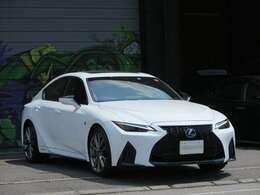 国産車から輸入車まで幅広く取り扱っております☆また、随時カスタムも受け付けていますのでお気軽にご相談下さい。http://stance-custom.jp/