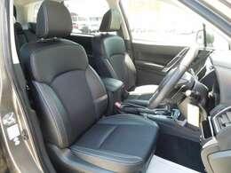重厚感のあるシートで長距離ドライブもリラックできそう♪
