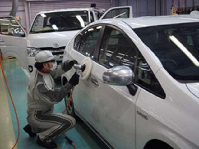 Bプラン画像:当社に入庫したお車は、一平蓮田工房で輝くボディーと、綺麗で清潔な車内に生まれ変わります。