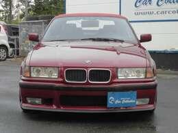 個人の方はもちろん、法人様、個人事業主様に向けた商用車の小売を中心に買取・車検・板金・修理などお車に関する様々な業務を行っております。
