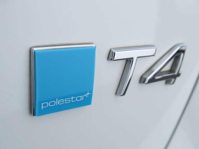 【ポールスター・パフォーマンス・ソフトウェア】メーカー公認のコンピューターソフトウェアチューンで、排ガスや燃費を悪化させずに馬力・トルクを向上させています。