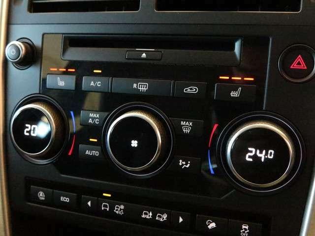 フロントシートヒーター付きシート搭載(63,000円)。3段階で温度調節ができ快適に運転することができます。、寒い季節には欲しい機能の一つです。」