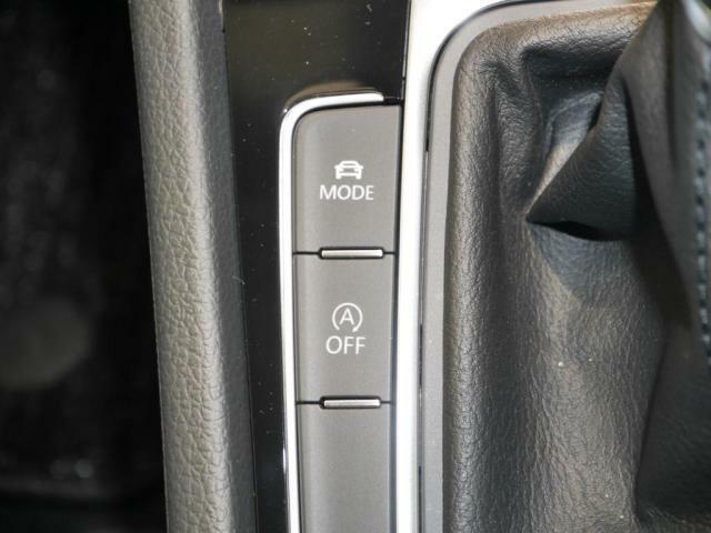 シーンに合わせた走行モードを選べるドライビングプロファイリングモードを装備。そしてアイドリングストップ機能を装備。(アイドリングストップは、ボタンで簡単にoffに出来ます。)