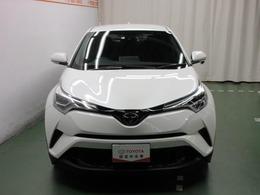トヨタカローラ和歌山の試乗車として使用していた『C-HR』です。(登録遅れ車両になります。)