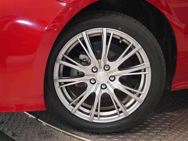タイヤサイズ☆ 215/45R17(タイヤは現状と異なる場合があります)