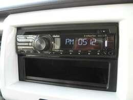 CD付AMFMチーナー装備