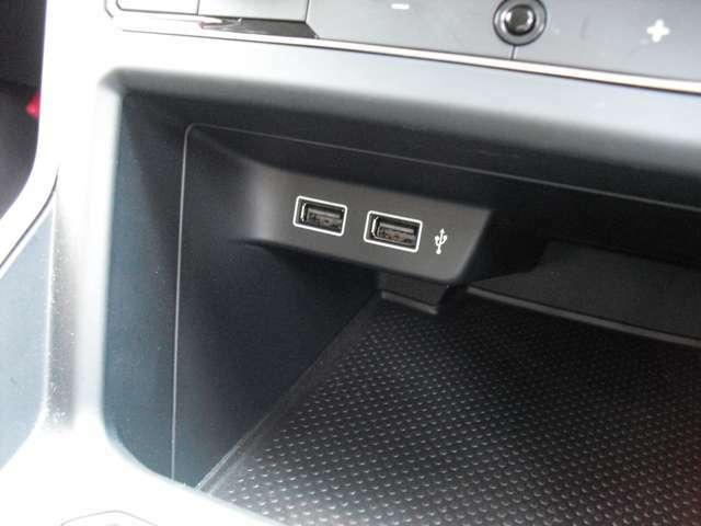 USB端子装備しております。