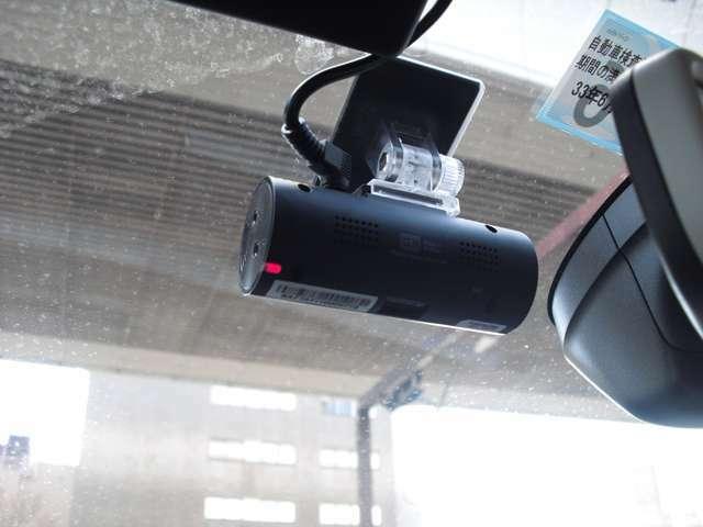 ドライブレコーダー装備しております。