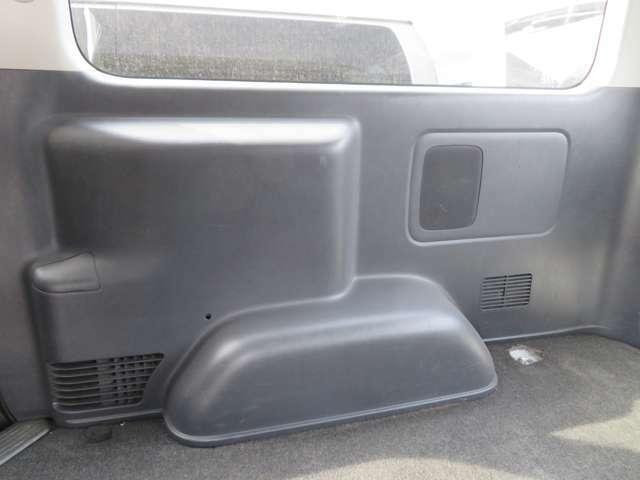 車内もキレイで嫌な臭いもありません!