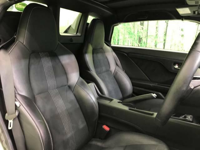【光触媒】抗菌・消臭・防汚に最適!!【ナノゾーンコーティング】の施工もオススメです。光触媒で紫外線を受けることによって車内をクリーンに保つことができます。