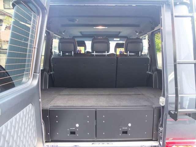 ロック付きフロントランナー製ラケッジBOXも装備御座います!!