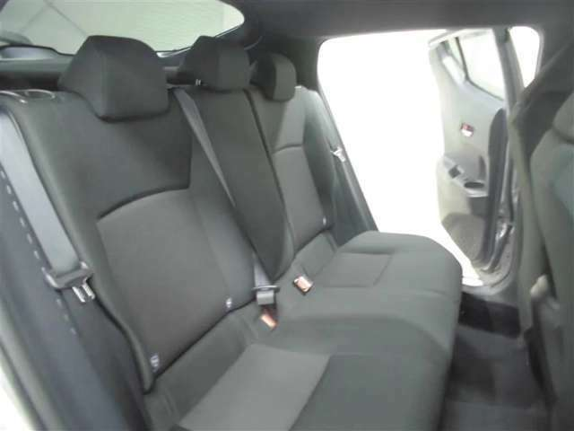 今お乗りのお車の車検もお任せ下さい♪『安心』トヨタの独自教育を受けたプロのエンジニアがお車に合わせ、適切なアドバイスと整備を実施!