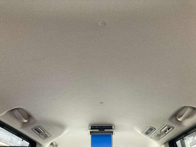 天井周り綺麗です