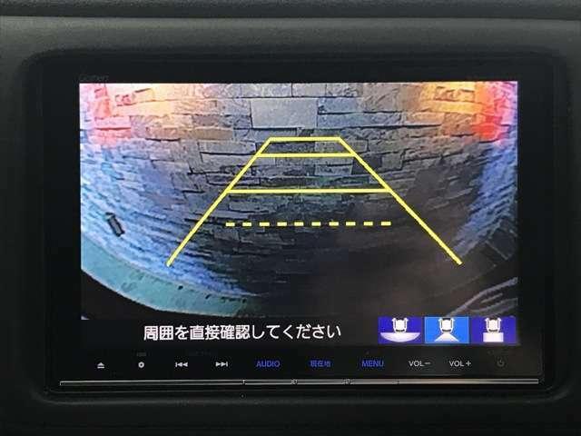 リアカメラがついているので、駐車や後進の際にとても便利です♪