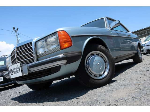 1978年モデル メルセデス・ベンツ 280CEクーペ!ウエスタン自動車ディーラー車!屋内にて保管してあった内・外装状態良好な稀少車が入庫しました!!一見されたし!