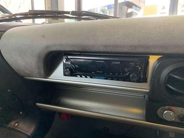 オーディオは社外1DINタイプが付いております。