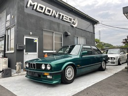 BMW 3シリーズクーペ E30 2ドア 5MT E30 LHD 5MT マニュアル 2ドア エアサス