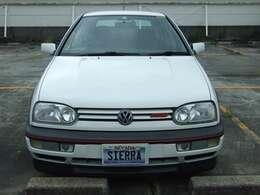 1996年式VWゴルフIII GTI 16vとなっております。