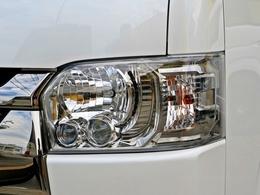 特別仕様車標準装備:LEDヘッドランプ