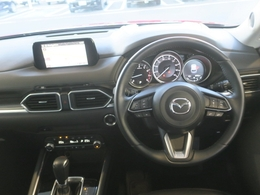 レーダークルーズコントロール付き!30Km/hから100Km/hでセットすれば前方車両との車間距離や車速を認識して車間を維持しながら追従走行出来ちゃいます!