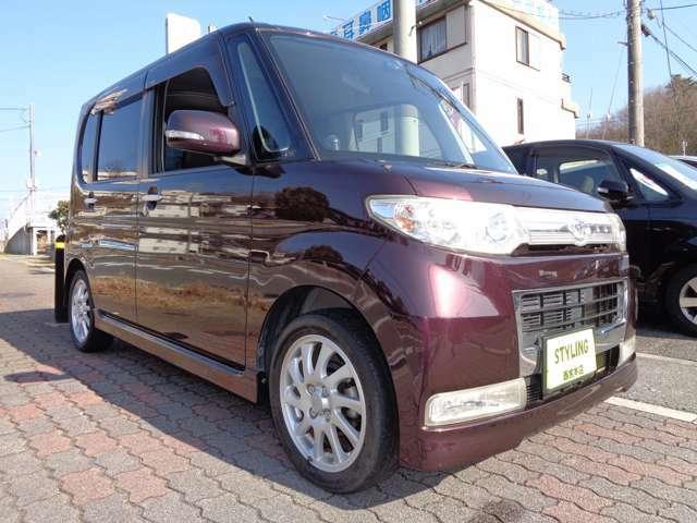 総額表示金額は【神戸・大阪・なにわ】ナンバーでの2年 3月末までの店頭納車での価格になります。自税月割り分、その他のナンバーのお客様は『遠隔地費用』『陸送納車費用』が必要になります。