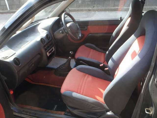 ヴィヴィオRX-R 4WD  A型入庫しました!同色塗装済です 写真ではわかりづらい車両状態もお電話いただければご説明させていただきますので『0066-9711-641142』までご連絡ください!