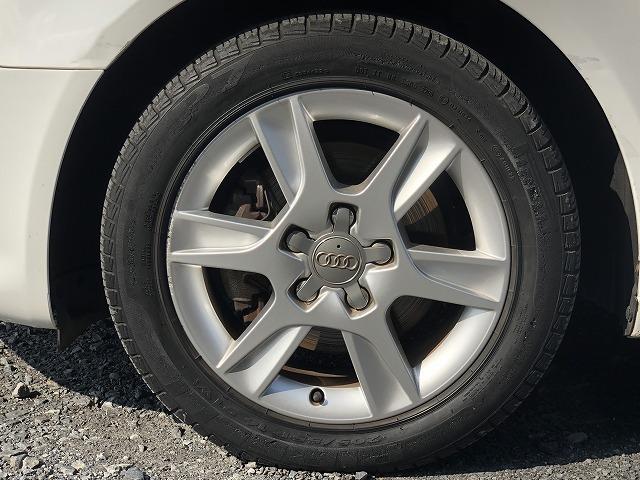 【タイヤ情報】メーカー:Pirelli  商品名:P7  サイズ:205/55R16