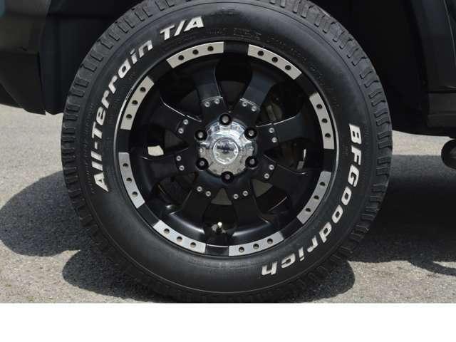 ULTRA 224 ブラック/シルバー 18インチAW タイヤ:265/65R18 (BF Goodrich All-Terrain)