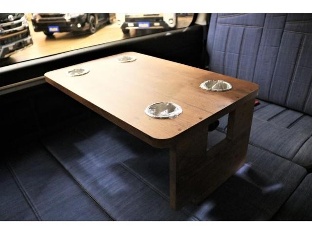 脱着式サイドテーブルもデニムに合わせた見た目となっております★